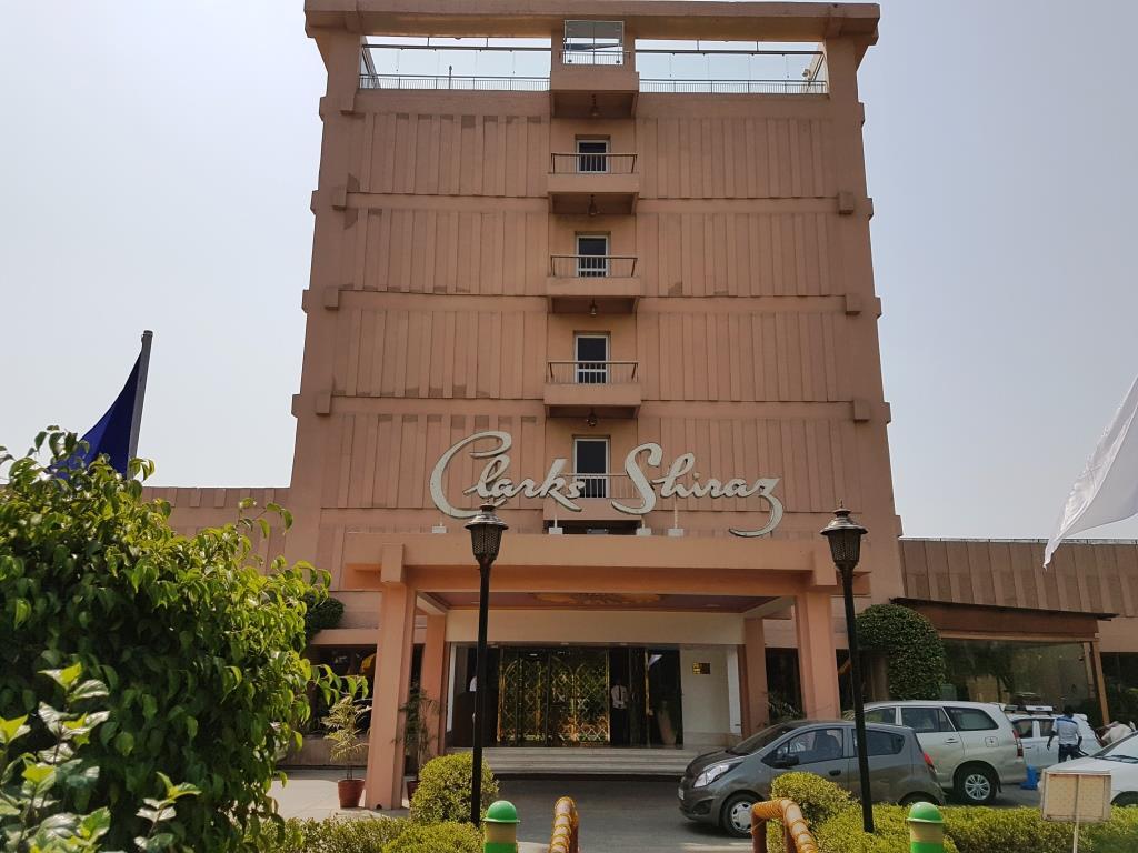 Hotel Clarks Shiraz.jpg 2